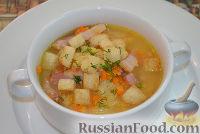 Фото к рецепту: Гороховый суп с копченой грудинкой