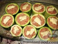 Фото приготовления рецепта: Фаршированные кабачки с укропным соусом - шаг №5
