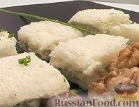 Фото к рецепту: Сэндвич с голубым сыром и грецкими орехами