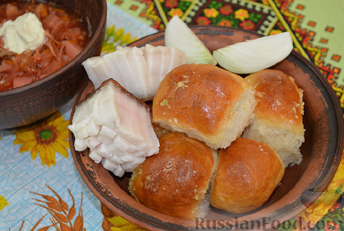Рецепт Ароматные пампушки с чесноком