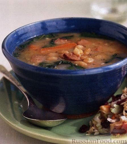 Рецепт Фасолевый суп с колбасой и шпинатом