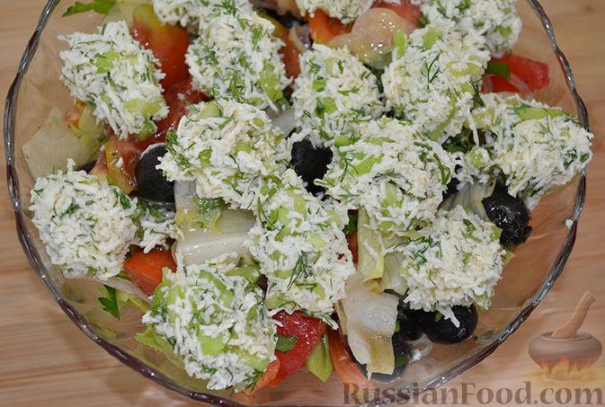Рецепт Овощной салат с сырными шариками