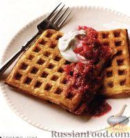 Фото к рецепту: Вафли с фруктовым соте и сырным кремом