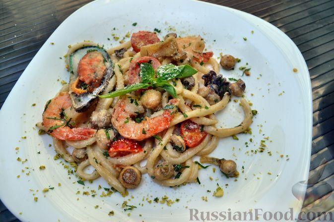 Рецепт Умбричи с морепродуктами в сливочно-грибном соусе