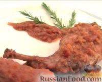 Фото к рецепту: Кролик с красным вином