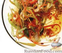 Фото к рецепту: Овощной салат с пикантной заправкой