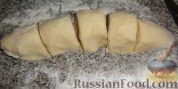 Фото приготовления рецепта: Наполеон (торт с кремом из сгущенки) - шаг №7