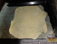 Фото приготовления рецепта: Наполеон (торт с кремом из сгущенки) - шаг №10
