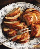 Фото к рецепту: Филе индейки, запеченное в сладкой глазури