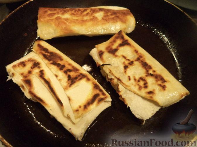 Фото приготовления рецепта: Суп с сырными рулетиками - шаг №10