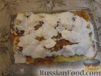 Фото приготовления рецепта: Лазанья с тыквой, пореем и колбасками - шаг №8