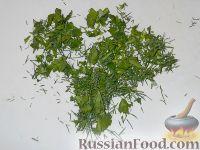 Фото приготовления рецепта: Салат из огурцов «Дамские пальчики» - шаг №3