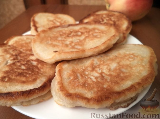 Рецепт Оладьи с яблоками на молоке