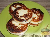 Фото к рецепту: Сырники без яиц и без муки