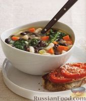 Фото к рецепту: Фасолевый суп с капустой