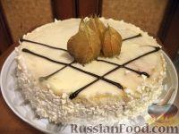 Фото к рецепту: Бисквитный торт с масляно-заварным кремом