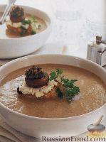 Фото к рецепту: Грибной суп-пюре с сырными гренками