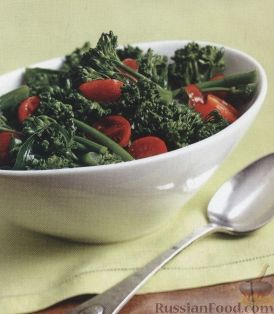 Рецепт Салат из брокколи и помидоров-черри