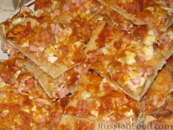 Рецепт Пицца с вареной колбасой, яйцом и сыром