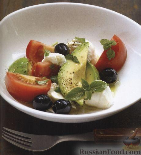 Рецепт Салат из помидоров, моцареллы и авокадо