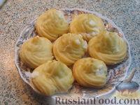 Фото к рецепту: Заварные пирожные с кремом