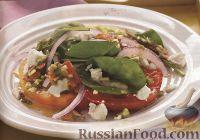 Фото к рецепту: Салат из помидоров, козьего сыра и шпината