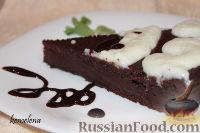 Фото к рецепту: Шоколадный торт с темным пивом
