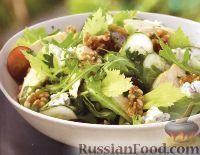 Фото к рецепту: Салат из куриного мяса, сыра и аругулы (руколы)