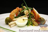 Фото к рецепту: Салат «Русский» с морепродуктами