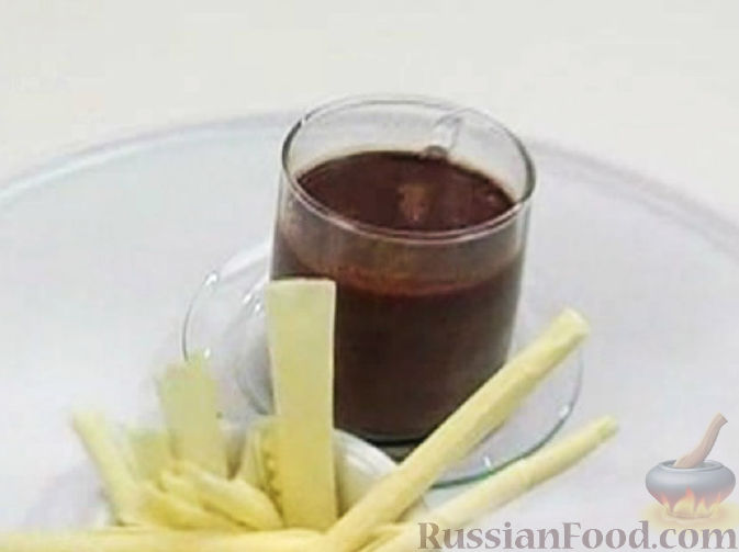 Фото приготовления рецепта: Щи из свежей капусты с пшеном и свининой - шаг №8