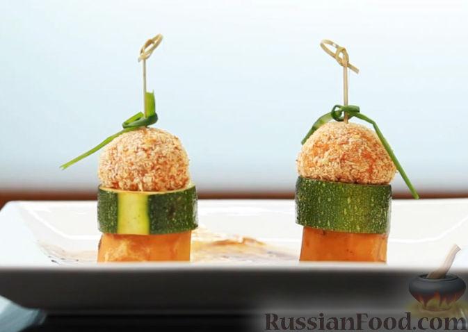 Фото приготовления рецепта: Запечённый минтай с имбирем и паприкой (в духовке) - шаг №5