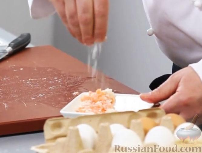 Фото приготовления рецепта: Толстые дрожжевые блины на молоке, манке и пшённой каше - шаг №14