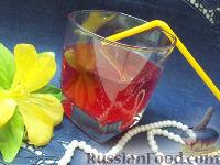 Фото к рецепту: Морс из красной смородины