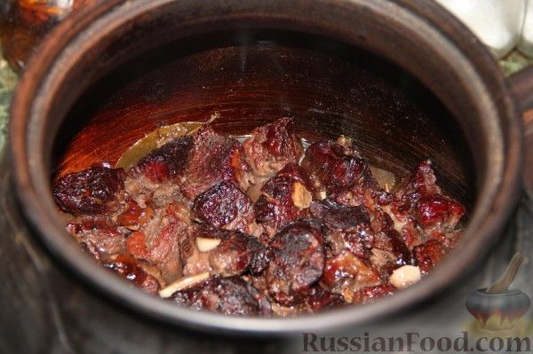 Мясо в вине в духовке
