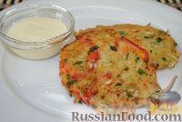 Фото к рецепту: Драники с маринованной капустой