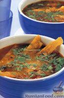 Фото к рецепту: Томатный суп с кукурузными чипсами