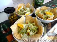Фото к рецепту: Салат из авокадо