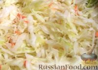 Фото приготовления рецепта: Хрустящая квашеная капуста - шаг №4