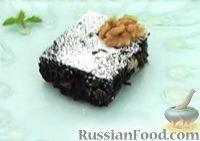 Фото к рецепту: Шоколадно-ореховый пирог