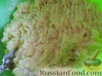 Фото приготовления рецепта: Картофельные котлеты с куриным мясом - шаг №4
