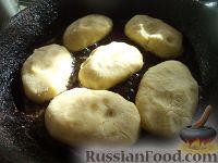 Фото приготовления рецепта: Картофельные котлеты с куриным мясом - шаг №9