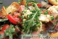 Фото к рецепту: Салат с ветчиной, сыром и гренками