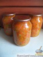 Фото к рецепту: Маринованный салат из зеленых помидоров