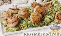 Фото к рецепту: Морские гребешки с брюссельской капустой