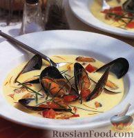 Фото к рецепту: Суп из мидий с помидорами