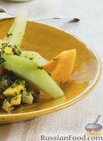 Фото к рецепту: Салат из дыни с экзотической заправкой
