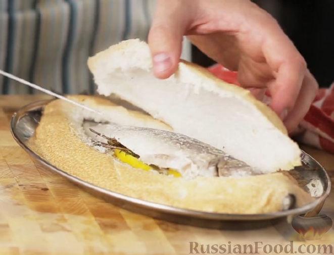 Запеченная рыба в духовке на соли