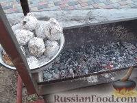 Фото приготовления рецепта: Картофель, запеченный на углях - шаг №10