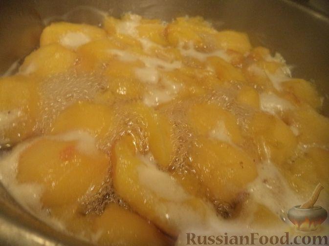 Фото приготовления рецепта: Варенье из айвы (из старинных рецептов) - шаг №7