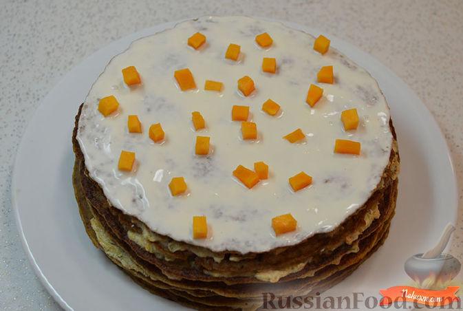 Фото приготовления рецепта: Печеночный торт с тыквой - шаг №10
